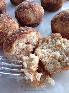 homemade muffins | apple desserts | apple muffins | apple muffins puffs | easy apple desserts