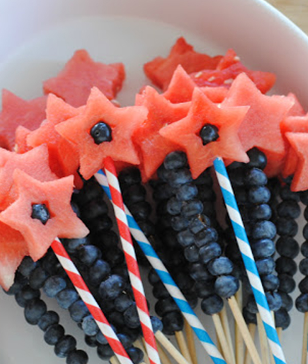 4th of July treats_fruit wands