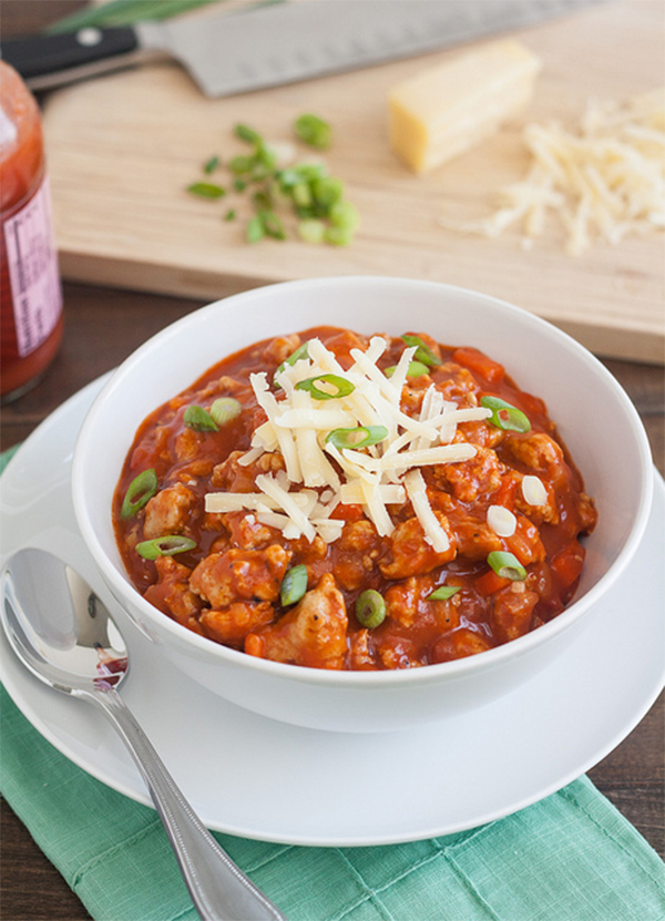 Hearty Chili Recipes to satisfy your hunger. You will be sure to find something you love about this Buffalo Chicken Chili