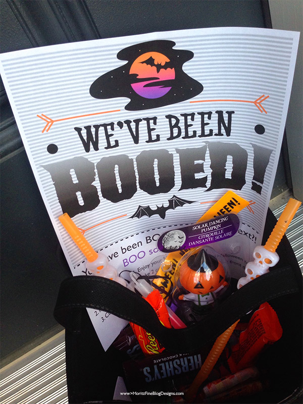 Use this BOOED! Neighborhood Sign for a fun pre-Halloween activity! Your kids will have a blast giving a treat to your neighbors!