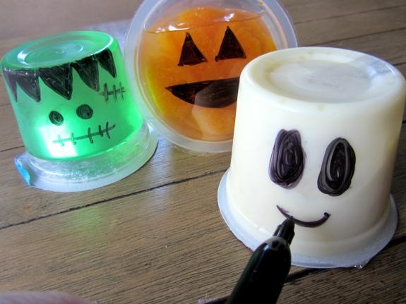 Halloween lunchbox treats moritz fine designs for Halloween food ideas for preschoolers