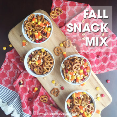This Quick & Easy Fall Snack Mix is perfect combination of salty and sweet! Plus, you can make it in less than 5 minutes.