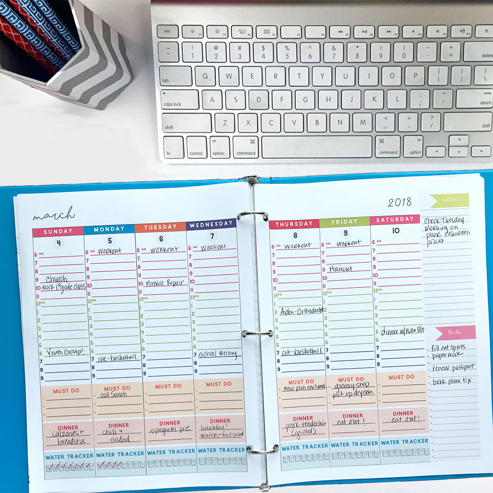 This is a must-have, simple printable weekly to-do list system to get it all done. This free system will help you get your daily goals done and create a weekly menu plan #todolist