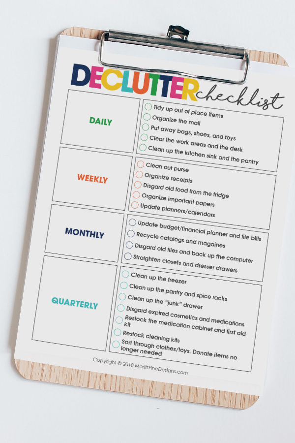 "Use this simple Clutter Control Checklist to spend just a few minutes each day to keep your home free of ""stuff' and clutter-free."