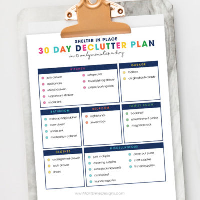 Don't have time to do a deep clean? Tackle the clutter in your house I less than 15 minute a day with the 30-Day Declutter Checklist free printable.
